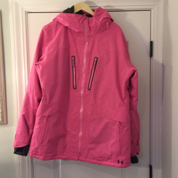 Women s Under Armour Pink XL Winter Coat. M 5a5223848df47097f0004e5c 720be9a84c